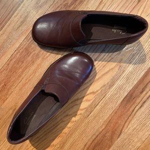 Clarks Rubber Sole Mule Clogs